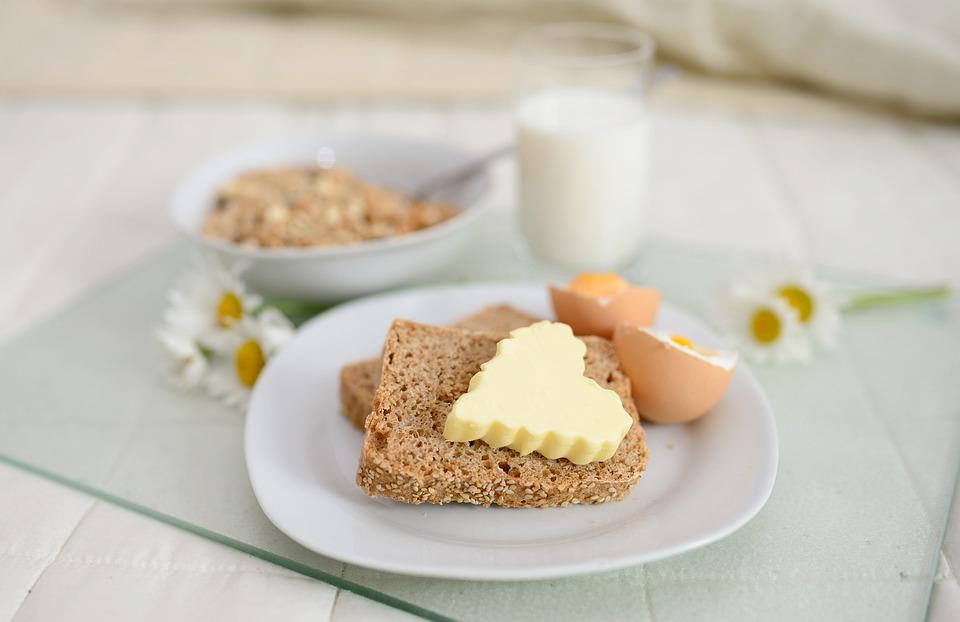 breakfast-5204352_960_720